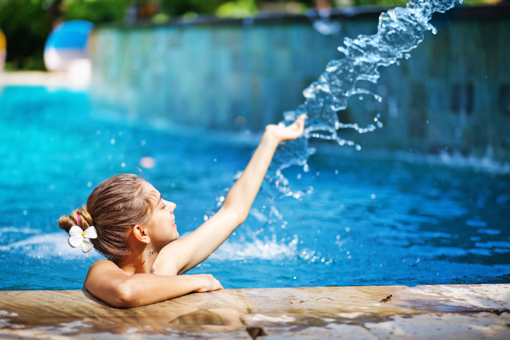 Liquid Chlorine is just as equally an effective means of sanitizing pools as chlorine tablets.