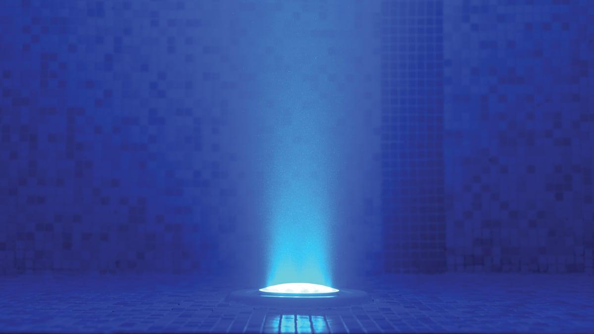 Dallas Pool Light Repair Service - Pool Surgeon Offers Expert Advice