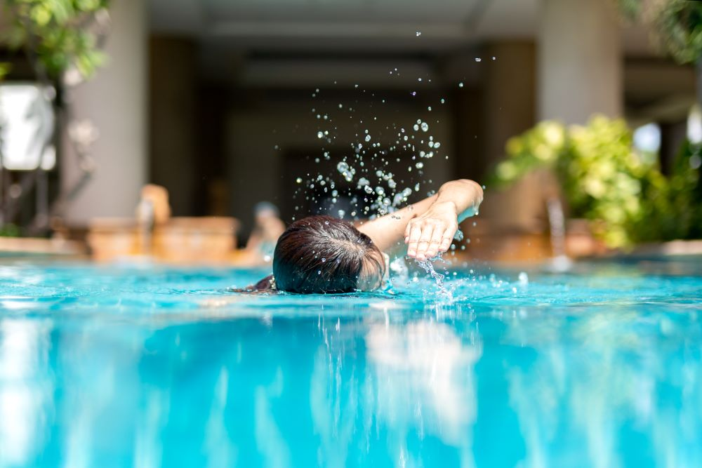 The Truth About Salt Water Pools - Pros & Cons of Maintaining a Salt Water Pool